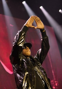 Jay-Z-hand-sign